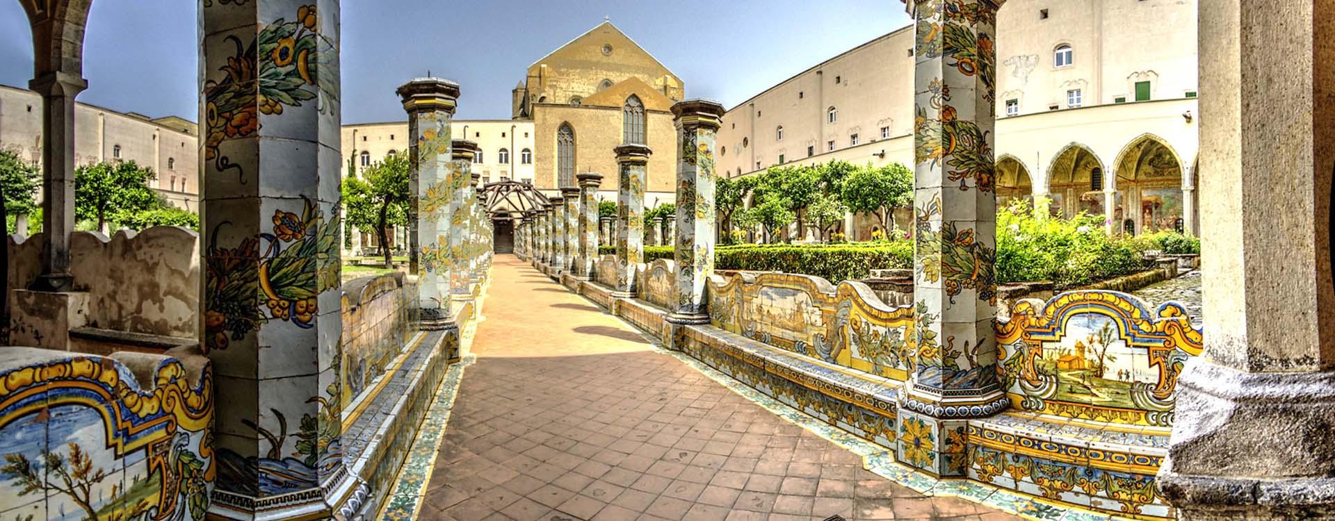 chiostro-monastero-santa-chiara-napoli